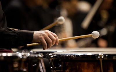 Evelyn Glennie: toucher la musique !