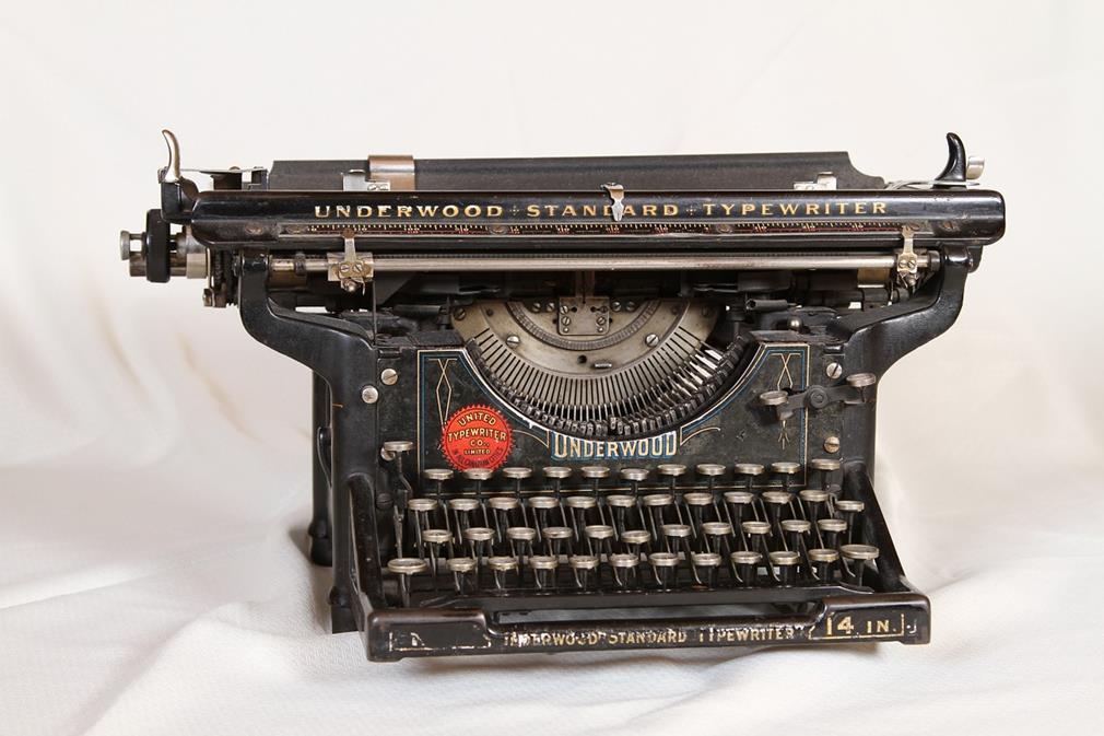 Histoire du clavier alphanumérique: une ergonomie à l'aveugle